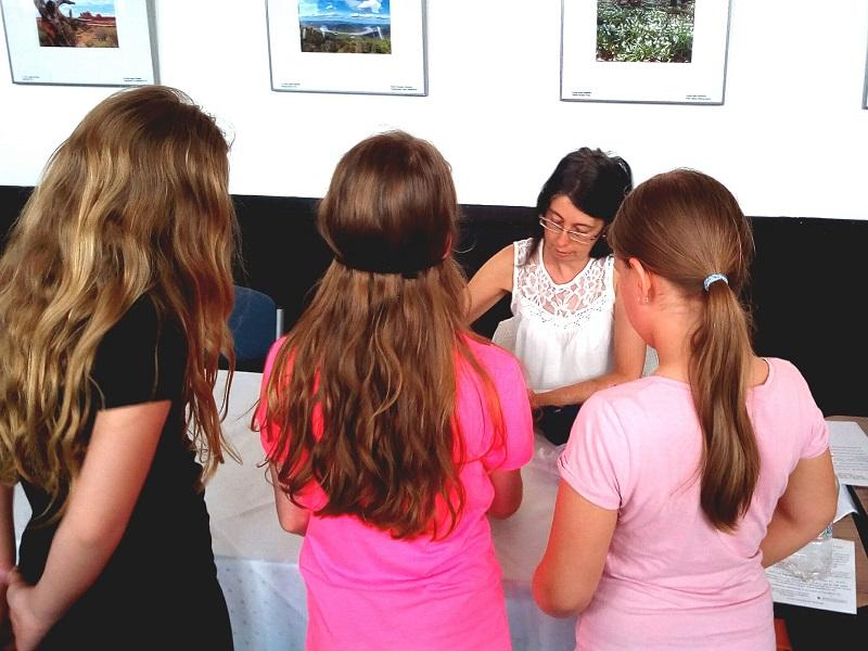 Era diákokkal játszik az újpesti esélyegyenlőségi napon