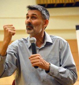 Pál Feri beszél a 18. kerületi civilek képviselőihez