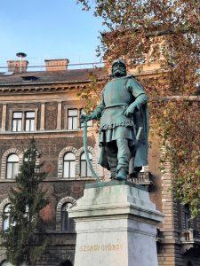 Szondy György szobra