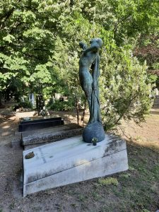 Kisfaludi Strobl Zsigmond síremléke