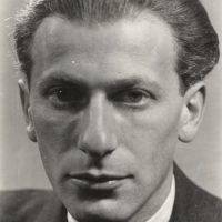 A képen Radnóti Miklós látható.